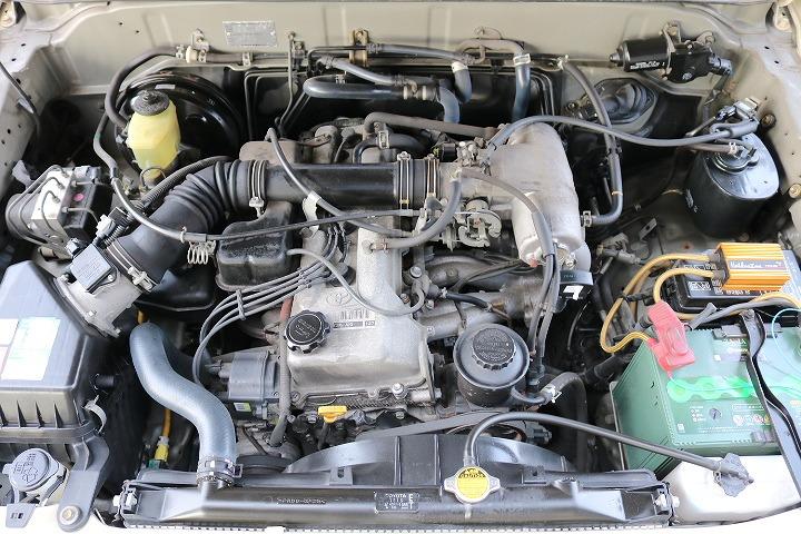 エンジンルームも綺麗に保たれております! | トヨタ ランドクルーザープラド 2.7 TX リミテッド 4WD