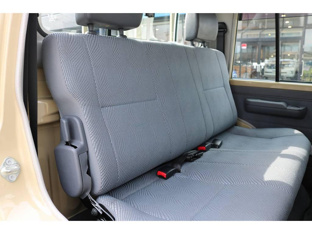 セカンドシート! | トヨタ ランドクルーザー70ピックアップ 4.0 4WD ブラッドレー