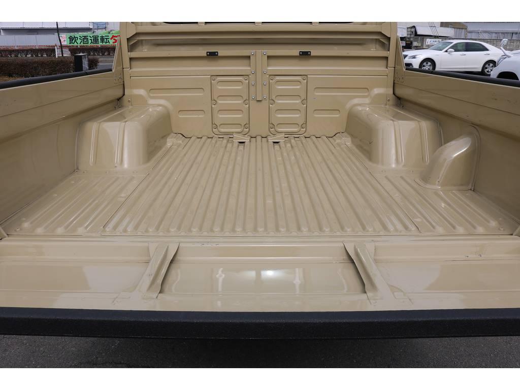 荷台スペース! | トヨタ ランドクルーザー70ピックアップ 4.0 4WD ブラッドレー