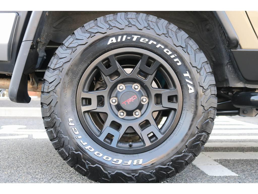 TRD17インチAWにBF265ATタイヤ! | トヨタ FJクルーザー 4.0 オフロードパッケージ 4WD