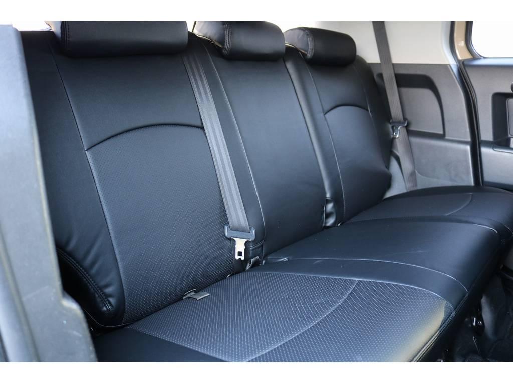 セカンドシート! | トヨタ FJクルーザー 4.0 オフロードパッケージ 4WD