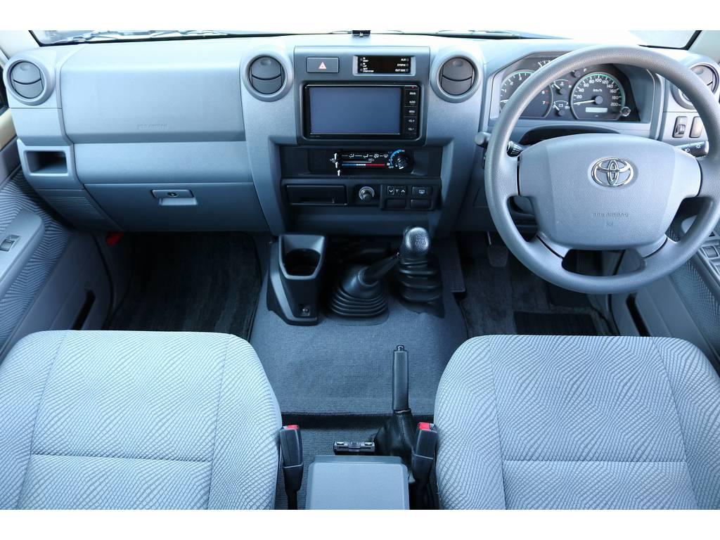 インパネ廻り! | トヨタ ランドクルーザー70 4.0 4WD 30thアニバーサリー