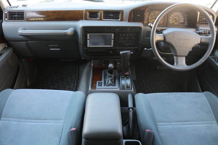 インパネ廻り!内装コンディションも良好ですよ!   トヨタ ランドクルーザー80 4.2 VXリミテッド ディーゼルターボ 4WD