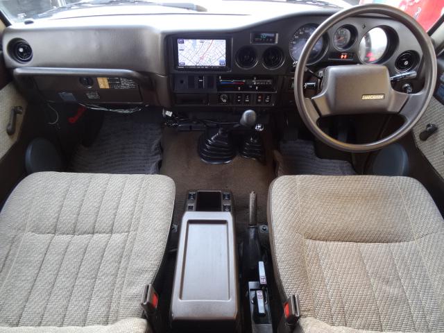 ランドクルーザー60 4.0 GX ディーゼル 4WD
