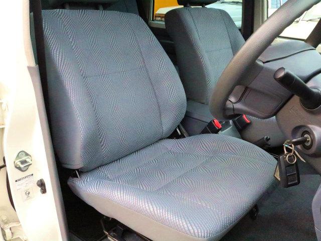 | トヨタ ランドクルーザー70 4.0 4WD 絶版モデル 低走行