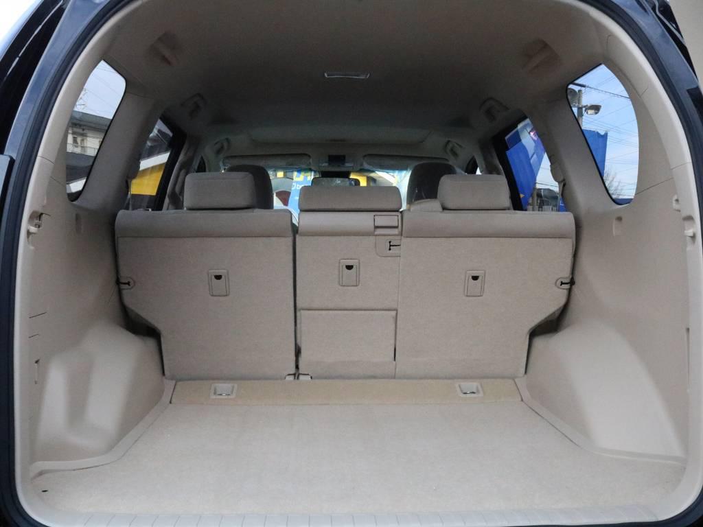 使いやすさを追求された荷室には沢山の夢が詰まってます。 | トヨタ ランドクルーザープラド 2.8 TX ディーゼルターボ 4WD 5人