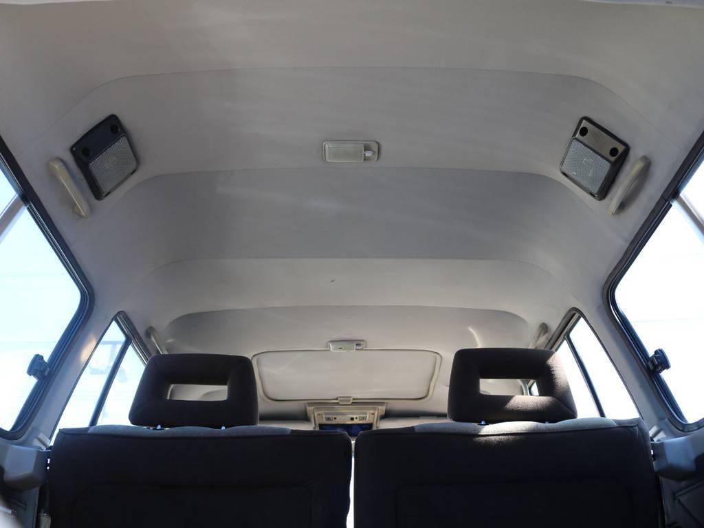 ハイルーフの室内は、広々と使えます。キャンプ道具や趣味を沢山積み込んでください。 | トヨタ ランドクルーザー60 4.0 VX ハイルーフ 4WD フルオリジナル 角目四灯