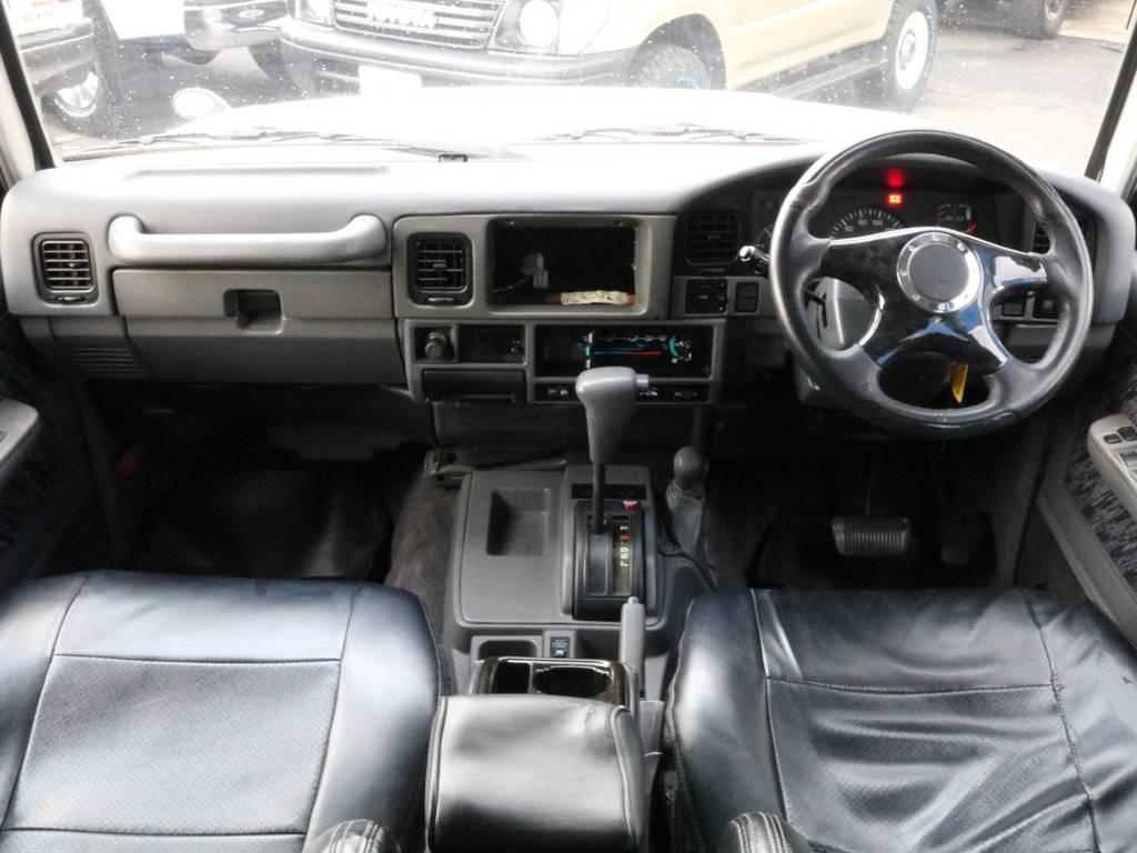 NEWペイントにてホワイト色へ塗装されております。 | トヨタ ランドクルーザープラド 3.0 EXワイド ディーゼルターボ 4WD
