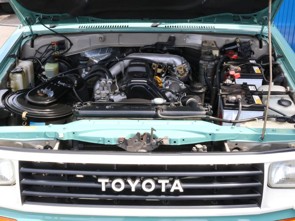 3.0リッターディーゼルエンジンの走りを是非ご体感して下さい。   トヨタ ランドクルーザープラド 3.0 SX ディーゼルターボ 4WD