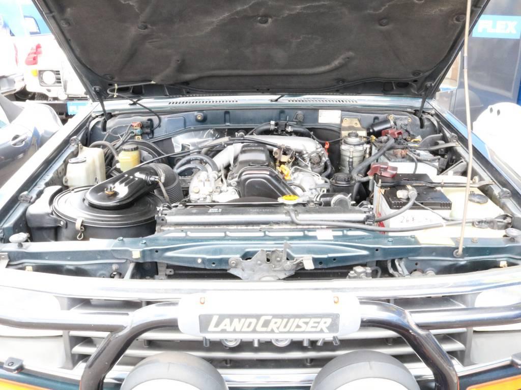 総重量、約2トンを引っ張ってくれる力強い1KZ3.0Lエンジン。