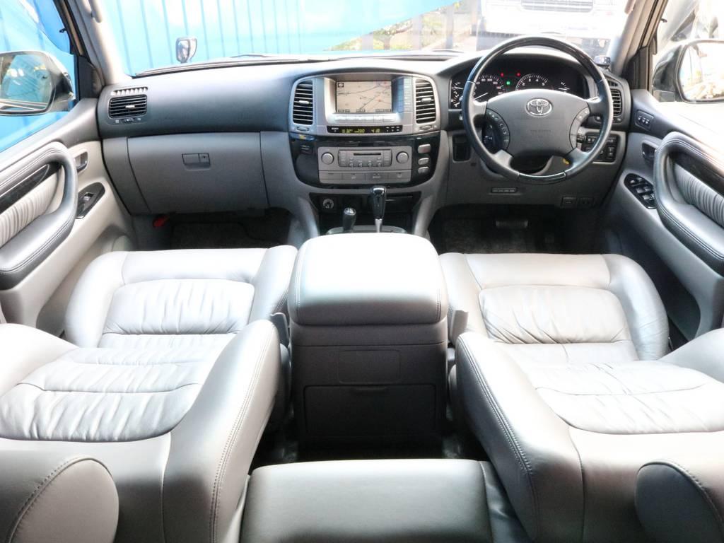 60thスペシャルエディションとなります。 | トヨタ ランドクルーザーシグナス 4.7 60thスペシャルエディション 4WD