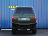 全幅193㎝です。日本の駐車場規格が約300㎝ですので問題なく駐車出来ます★駐車場の後ろにタンドラやハイラックスが停まってたら話は変わりますが!(笑)