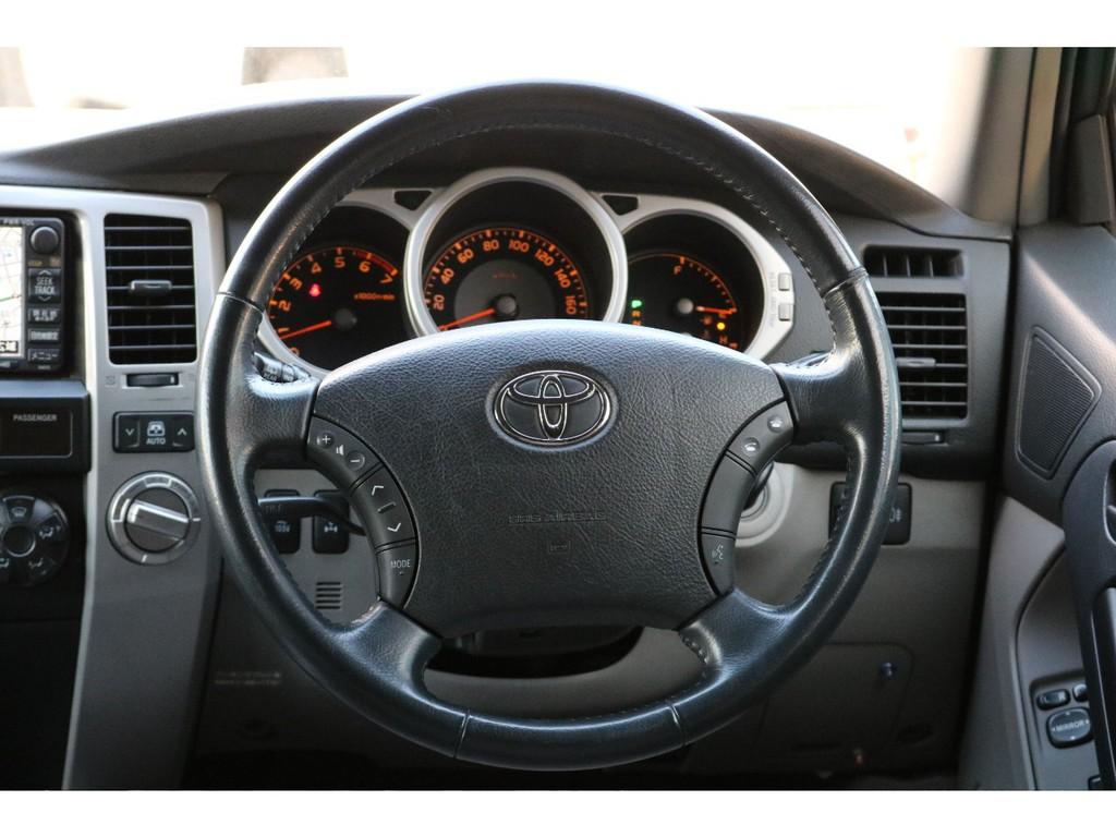 大きくて運転するのが難しそう・・・など思うお客様もいらっしゃると思いますが!実際は目線も高く遠くまで見渡すことも可能ですので、意外と運転がしやすい!とお客様からよく聞きます(笑