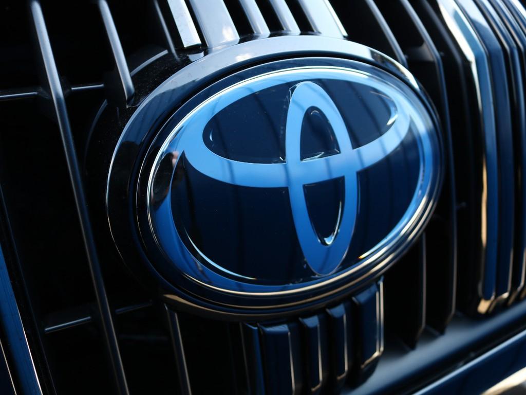 最近のトヨタ車でも多い、ミリ波レーダーも標準装備になります!先行車発信や高速道路での自動運転など、長距離運転でも苦にならずに、目的地まで到着できます♪