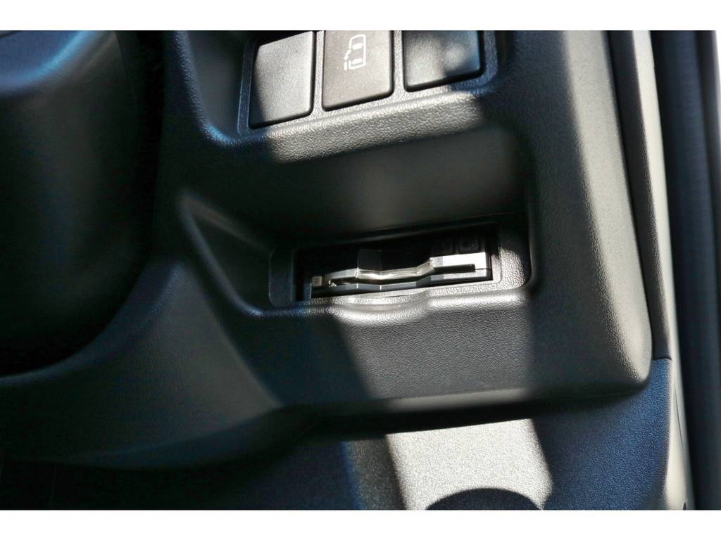 ビルトインETC! | トヨタ ハイエース 2.7 GL ロング ミドルルーフ ラウンジ5α