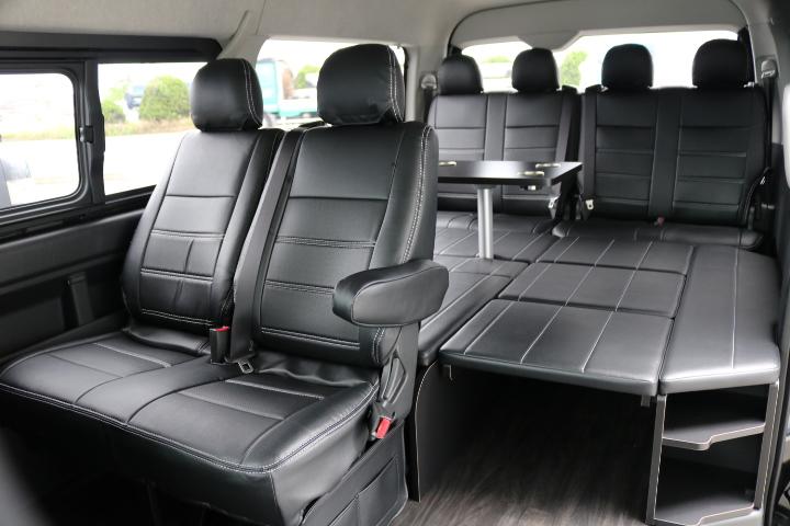 【後席全体イメージ】広々とお使い頂ける後席です♪ | トヨタ ハイエース 2.7 GL ロング ミドルルーフ アレンジR1 ベッドキット