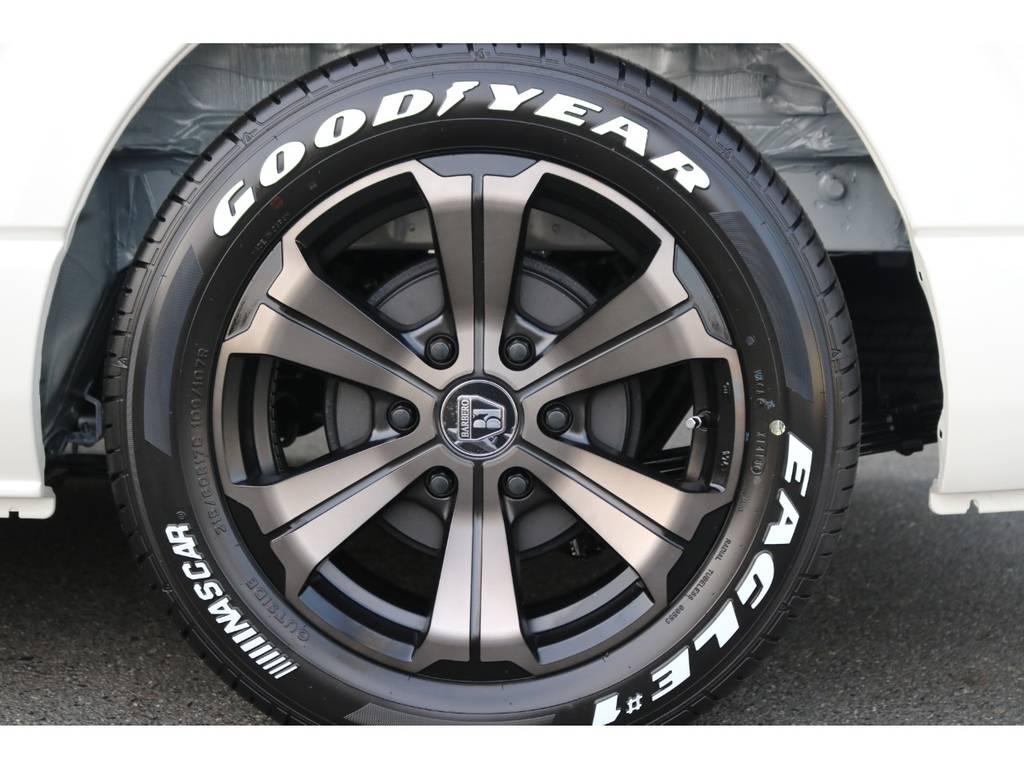【バルベロアーバングランデ17インチアルミ】優良メーカー『クリムソン』とのコラボ商品ですので品質にも自信あり♪ | トヨタ ハイエース 2.7 GL ロング ミドルルーフ アレンジR1 ベッドキット