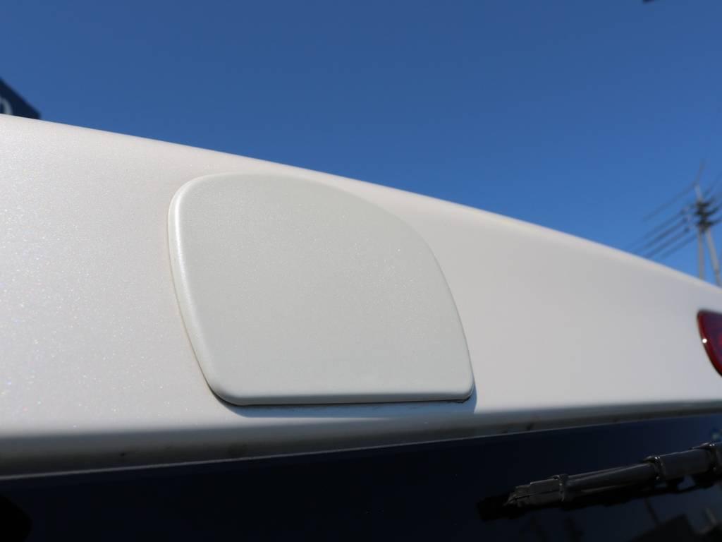 リアアンダーミラーホールカバー! | トヨタ ハイエースバン 3.0 スーパーGL ロング ディーゼルターボ