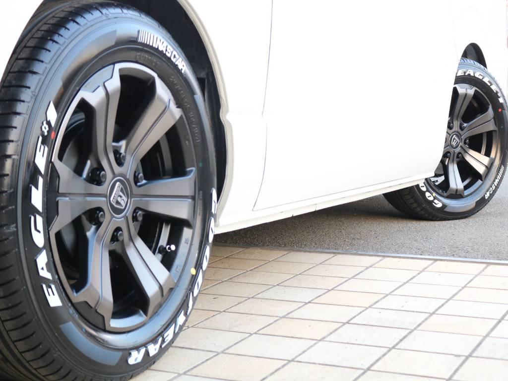 FLEXバルベロ グランデ17インチAW&ナスカータイヤ♪   トヨタ ハイエースバン 2.8 スーパーGL ダークプライムⅡワイド ミドルルーフ ロングボディ ディーゼルターボ
