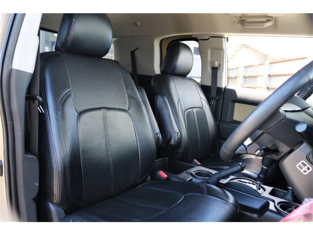黒革調シートカバー装着!! | トヨタ FJクルーザー 4.0 カラーパッケージ 4WD ユーザー様下取り直販♪