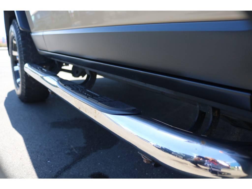 SPYDER製サイドステップ搭載! | トヨタ FJクルーザー 4.0 カラーパッケージ 4WD ユーザー様下取り直販♪
