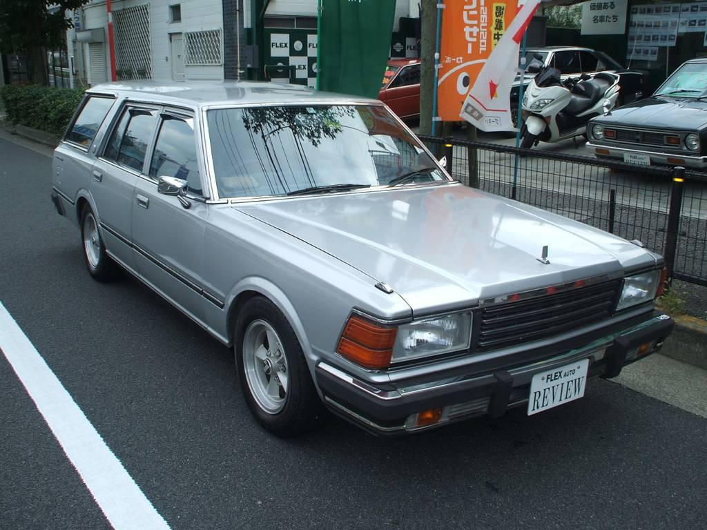 | 日産 セドリックワゴン 200E GL