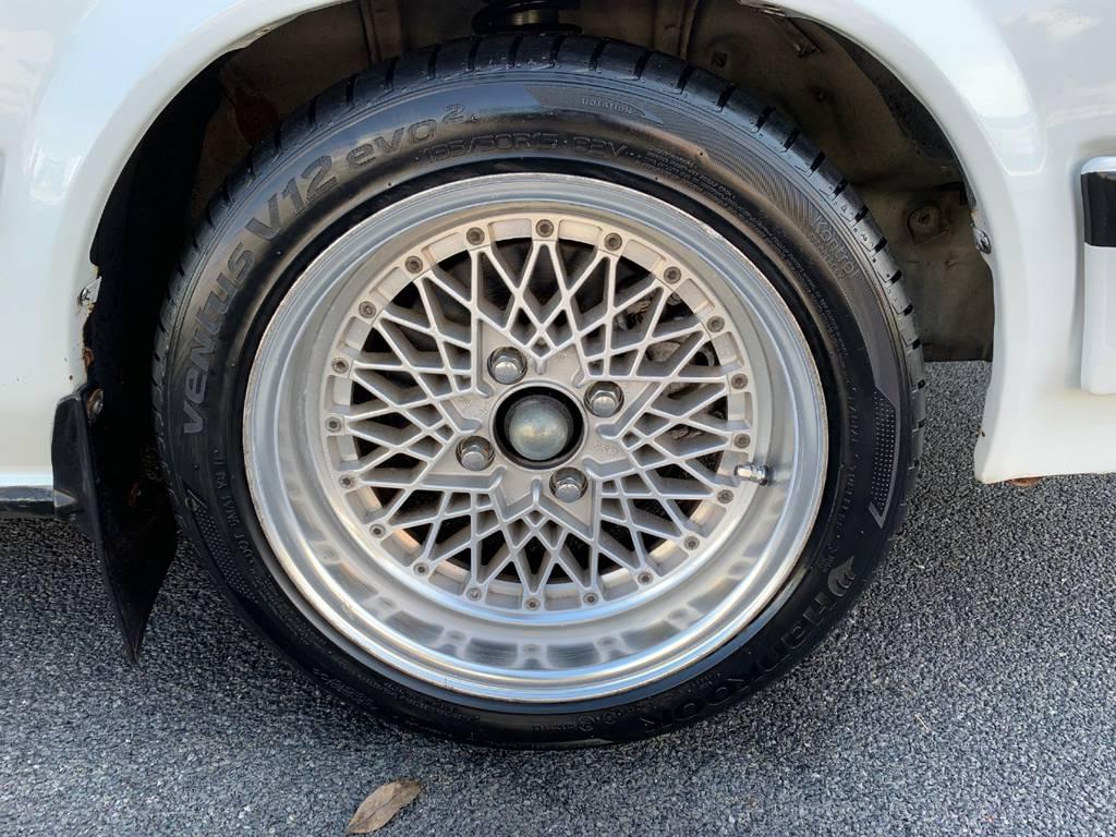   トヨタ コロナ4ドア GT