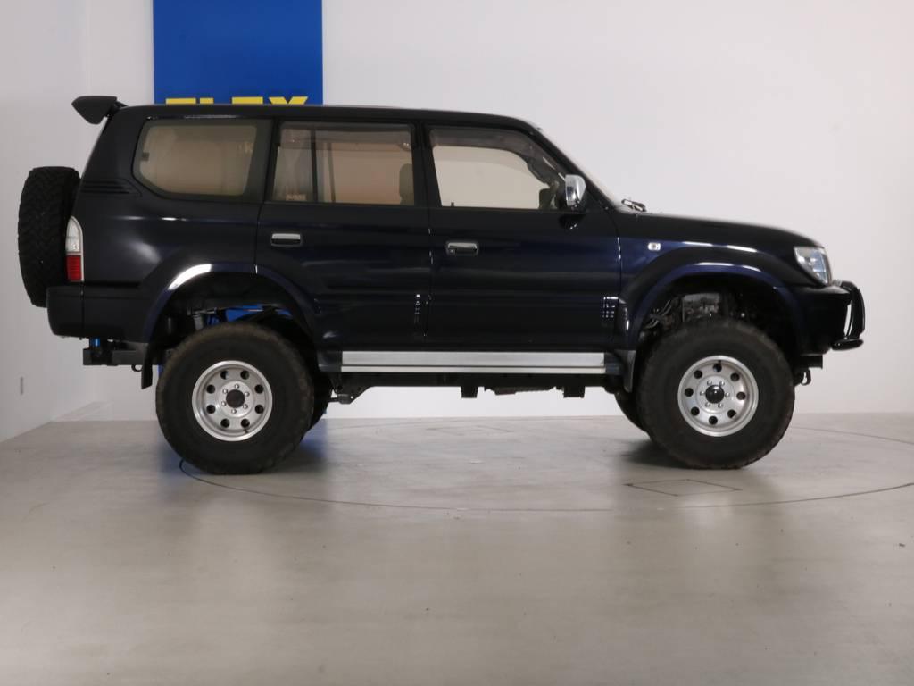 全国最大規模の店舗敷地内に在庫台数100台以上!ご希望に合った1台を探しにいらしてください。 | トヨタ ランドクルーザープラド 3.4 TZ 4WD 6インチUP シートカバー