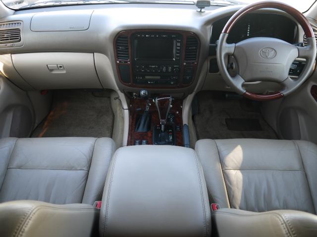 ランドクルーザー100 4.2 VXリミテッド Gセレクション ディーゼルターボ 4WD