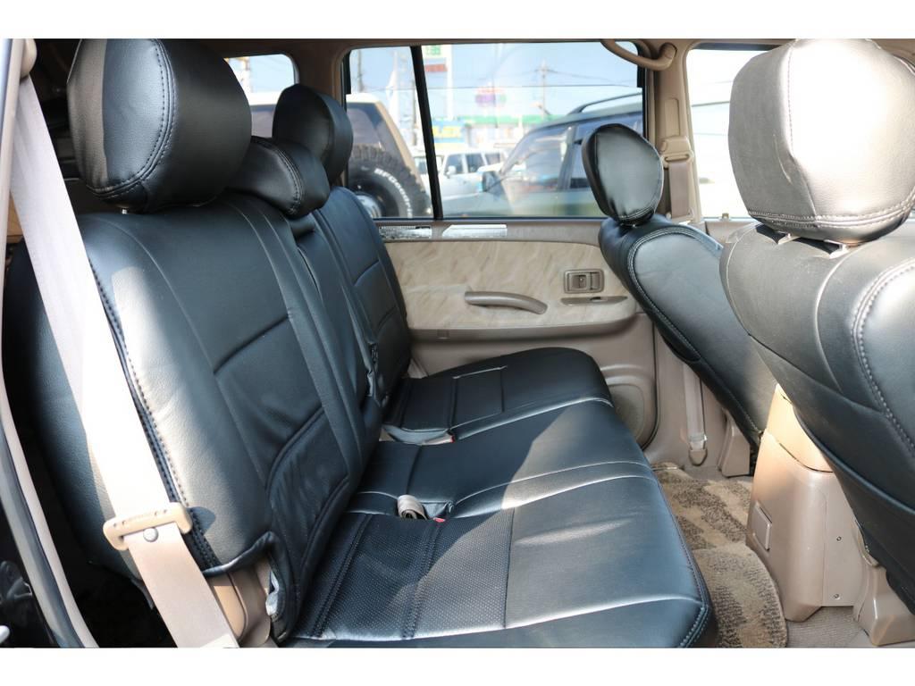 セカンドシートにはチャイルドシートも取付可能です!! | トヨタ ランドクルーザープラド 3.4 TX 4WD 丸目 ナロー仕様