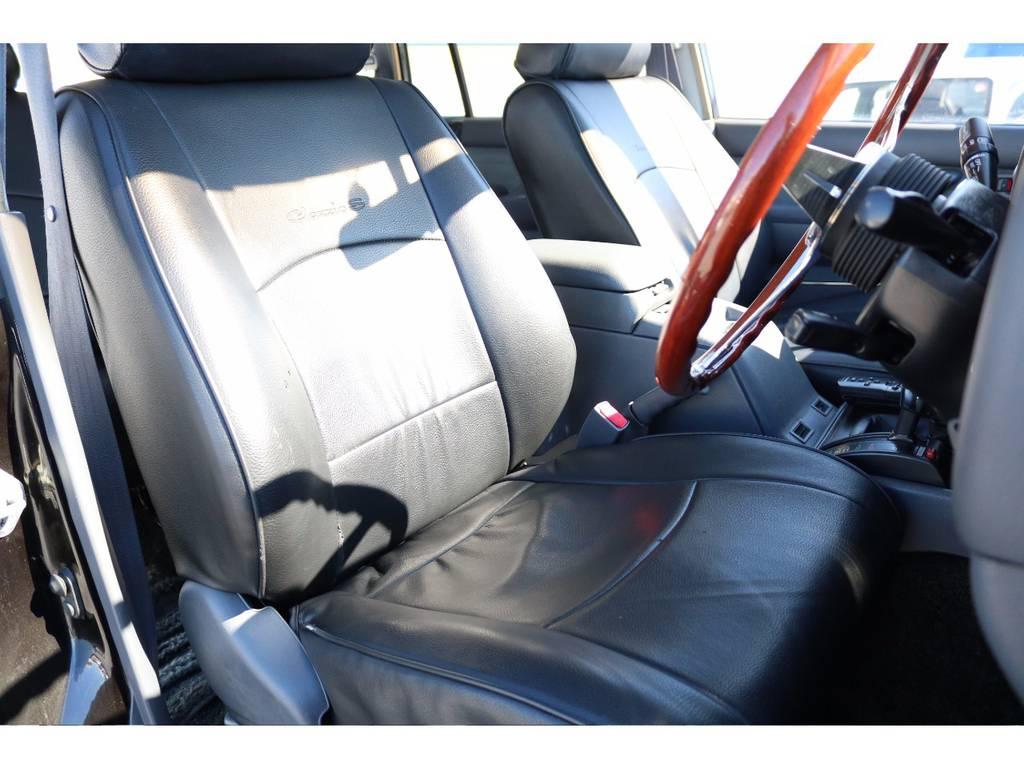 新品ブラックレザー調シートカバー | トヨタ ランドクルーザー80 4.5 VXリミテッド 4WD 輸出用角目四灯 3インチUP