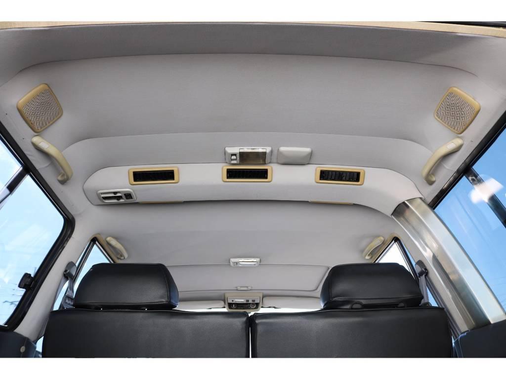 全車ルームクリーニングをしておりますので綺麗な室内☆ | トヨタ ランドクルーザー80 4.5 VXリミテッド 4WD 輸出用角目四灯 3インチUP