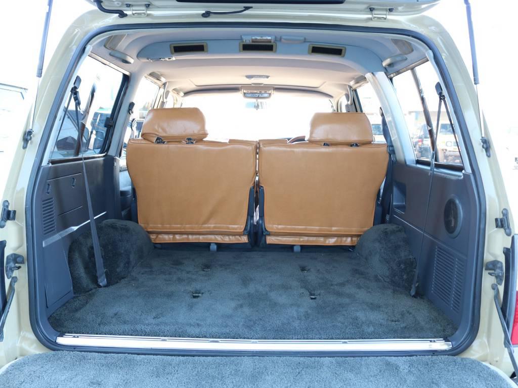 広々したラゲッジルーム!大容量でキャンプ用品なども沢山収容できます! | トヨタ ランドクルーザー80 4.5 VXリミテッド 4WD 『86』 丸目 60フェイス