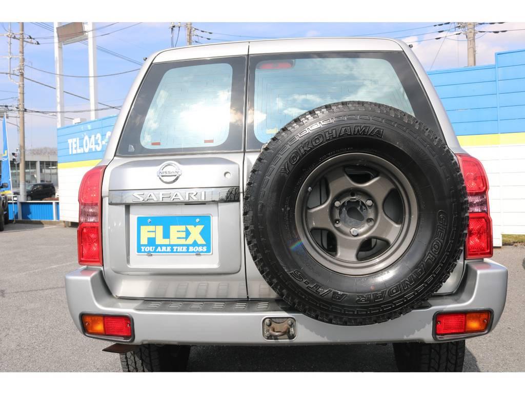 背面タイヤも合わせてブラV交換済み! | 日産 サファリ 4.8 グランロードリミテッド 4WD 3インチUP SDナビ 最終型