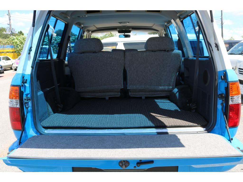 広々したラゲッジルーム!大容量でキャンプ用品なども沢山収容できます! | トヨタ ランドクルーザー80 4.5 VX 4WD 86 丸目 コンプリートモデル