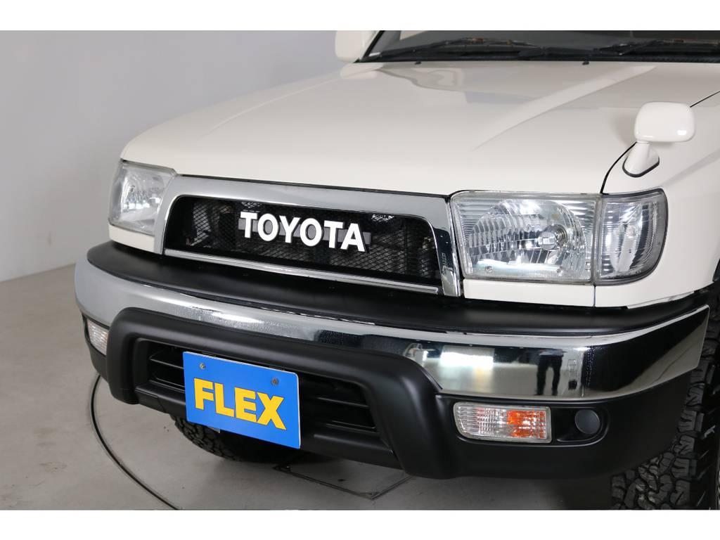 FLEX千葉北店オリジナルTOYOTAグリル付き!   トヨタ ハイラックスサーフ 2.7 SSR-X ワイドボディ 4WD ニューペイント ペッパーホワイト