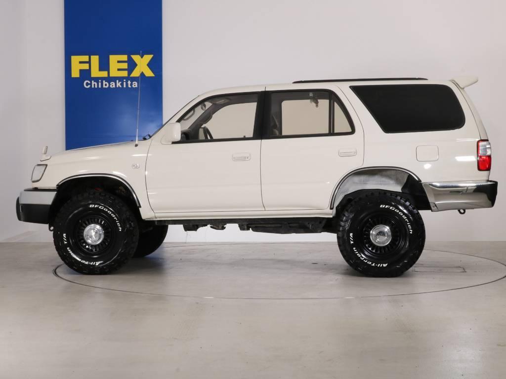 その他カスタムもお任せください!様々なカスタムパーツの取り付け事例もございます!   トヨタ ハイラックスサーフ 2.7 SSR-X ワイドボディ 4WD ニューペイント ペッパーホワイト