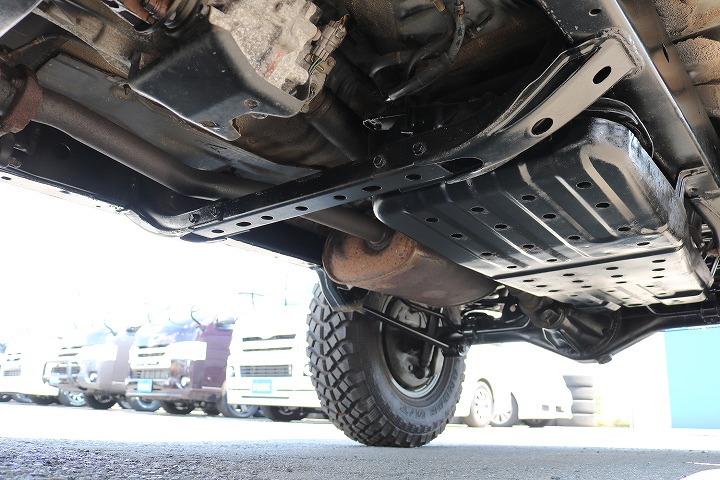 下廻りは洗浄後、防腐パスター仕上げにてお渡しさせていただきます!   トヨタ ハイラックスサーフ 2.7 SSR-X ワイドボディ 4WD