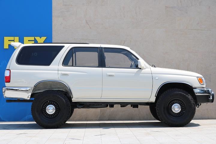 全国最大規模の店舗敷地内に在庫台数100台以上!ご希望に合った1台を探しにいらしてください。   トヨタ ハイラックスサーフ 2.7 SSR-X ワイドボディ 4WD