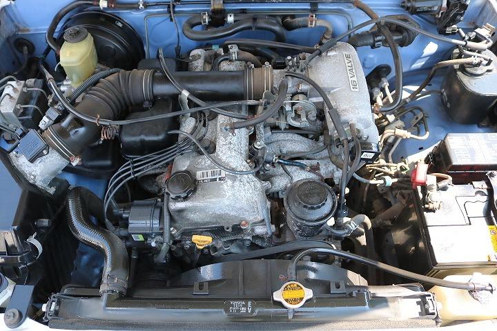 店舗敷地内に工場完備ですので車検から整備までお任せください。   トヨタ ハイラックスサーフ 2.7 SSR-X ワイドボディ 4WD
