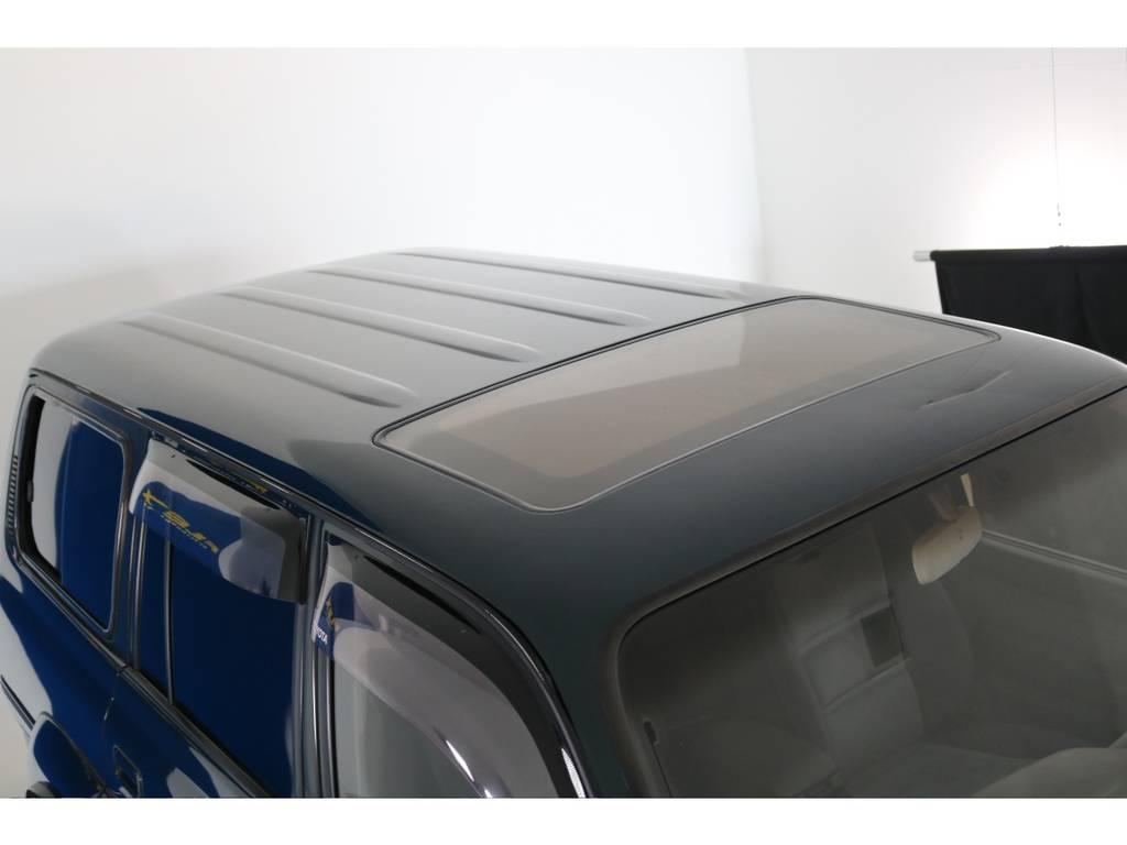 大きな凹みや傷もなくルーフの状態もグットコンディションです!   トヨタ ランドクルーザー80 4.5 VXリミテッド 4WD 5インチUP クロカン仕様