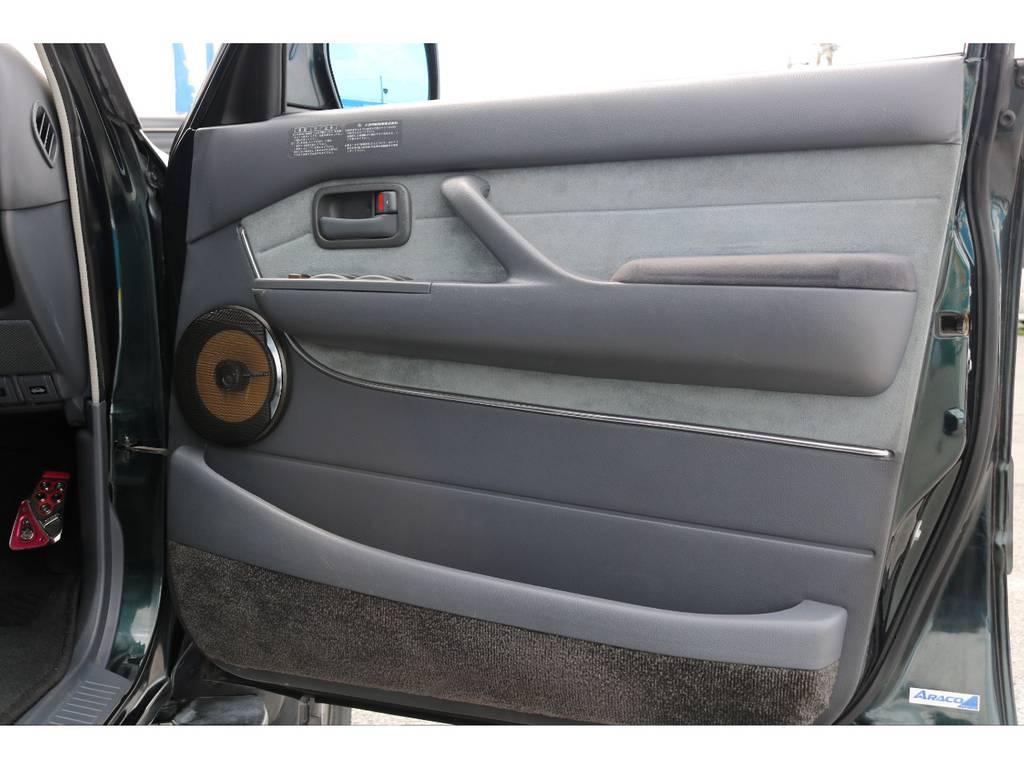 カロッツェリアスピーカーに交換済み   トヨタ ランドクルーザー80 4.5 VXリミテッド 4WD 5インチUP クロカン仕様