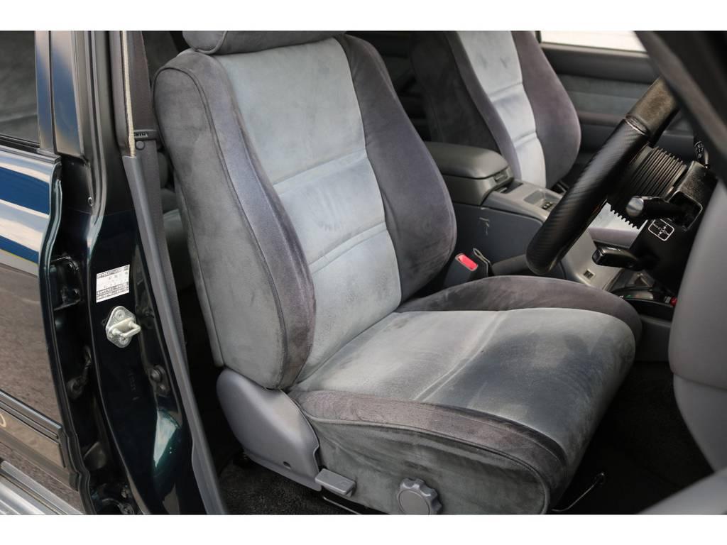 破れもなく運転席シートの状態もグッドコンディションです!   トヨタ ランドクルーザー80 4.5 VXリミテッド 4WD 5インチUP クロカン仕様
