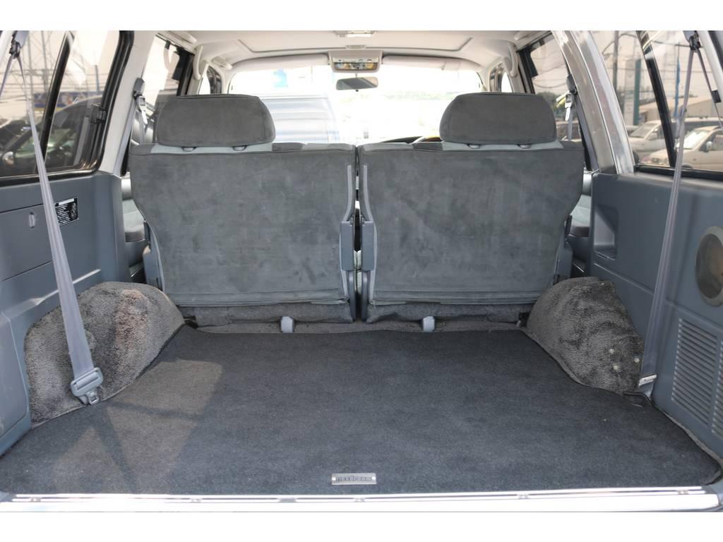 広々使えるラゲッジルーム!キャンプ用品も沢山収容可能!   トヨタ ランドクルーザー80 4.5 VXリミテッド 4WD 5インチUP クロカン仕様