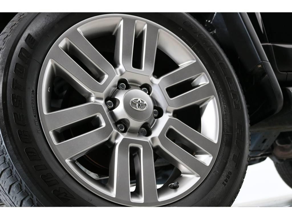 オプション純正20インチホイール装着済み! | トヨタ FJクルーザー 4.0 カラーパッケージ 4WD 20インチAW HDDナビ