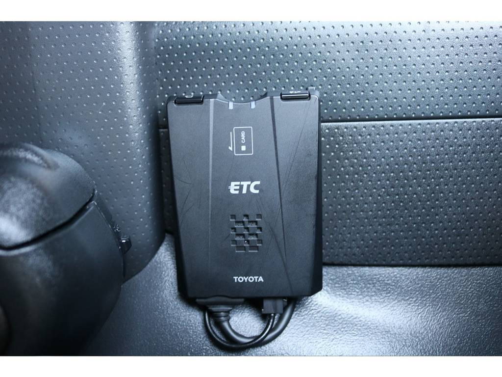 必需品のETCも装着! | トヨタ FJクルーザー 4.0 カラーパッケージ 4WD 20インチAW HDDナビ