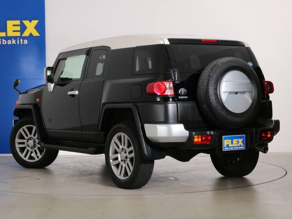 人気の黒の入庫です!外装に大きな傷も無くグッドコンディション! | トヨタ FJクルーザー 4.0 カラーパッケージ 4WD 20インチAW HDDナビ