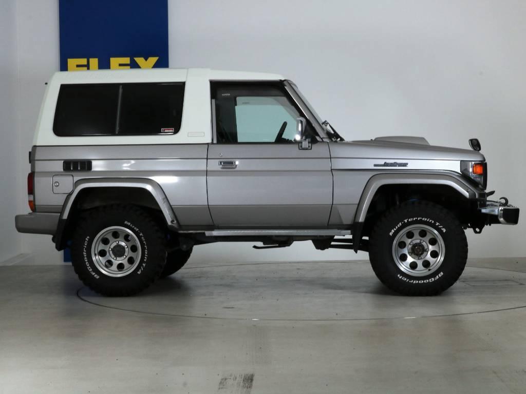全国最大規模の店舗敷地内に在庫台数100台以上!ご希望に合った1台を探しにいらしてください。 | トヨタ ランドクルーザー70 4.2 ZX FRPトップ ディーゼル 4WD NOX・PM法適合車 2インチUP