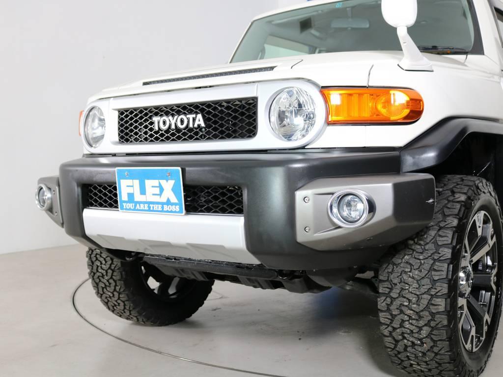 純正フォグも装着済みです! | トヨタ FJクルーザー 4.0 4WD 新品20インチAW SDナビ