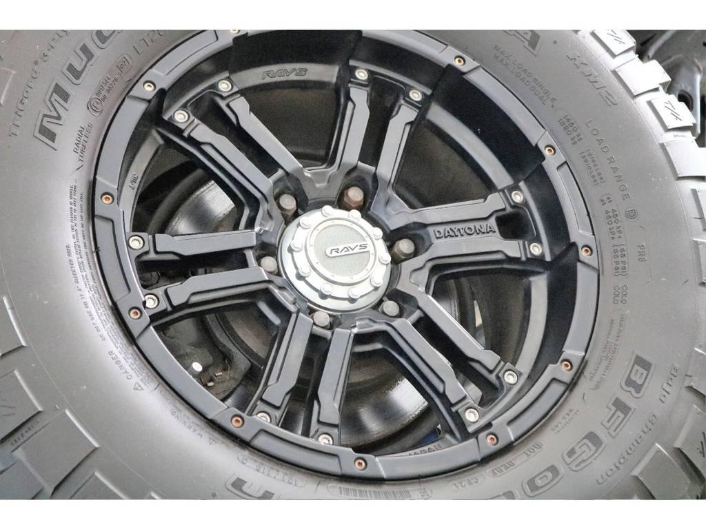 デイトナレイズ17インチホイール&BFグッドリッチMTタイヤを装着! | トヨタ FJクルーザー 4.0 4WD 4インチUP SDナビ